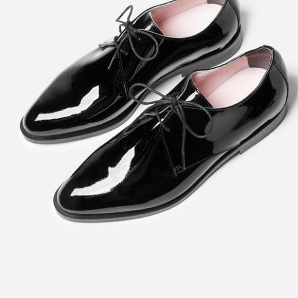 f8b85197c6e3 Everlane Shoes - Everlane E2 modern oxford patent black
